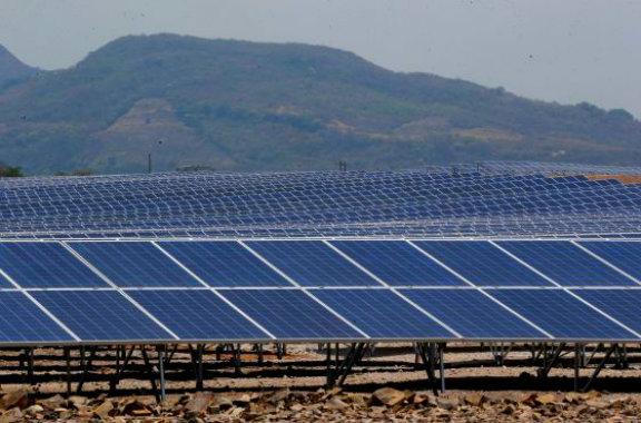 Honduras abre mayor planta solar America Latina