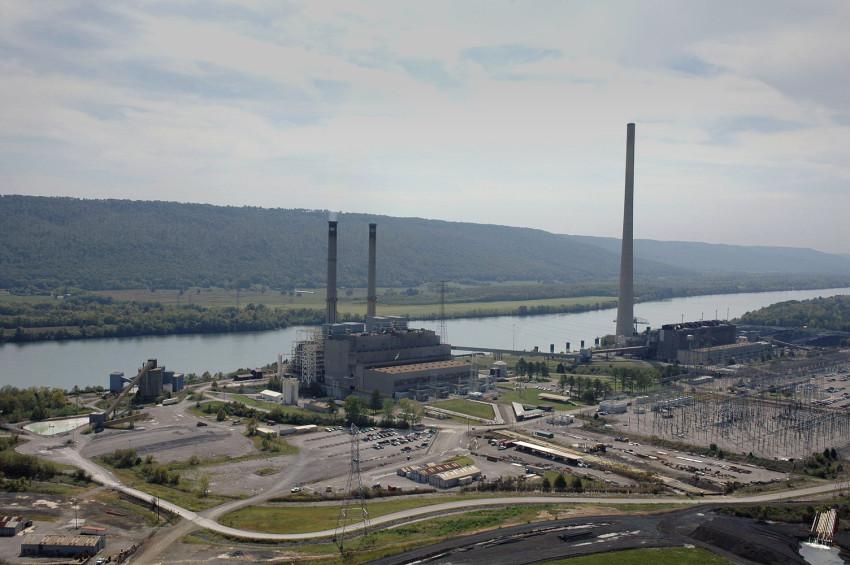 Google reconvierte una antigua planta de carbón en un centro de datos alimentado por energía renovable