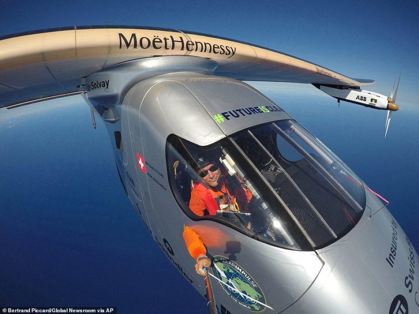 El Solar Impulse II completa su vuelta al mundo