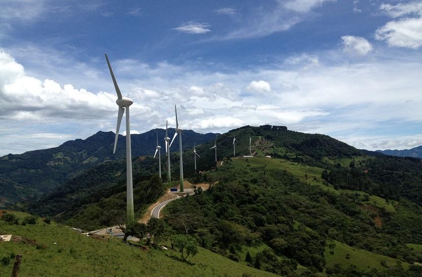 Costa Rica lleva 300 días funcionando totalmente con energías renovables