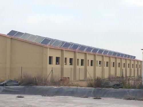 Instalación fotovoltaica en granja porcina de engorde en Torres de Segre (Lleida)