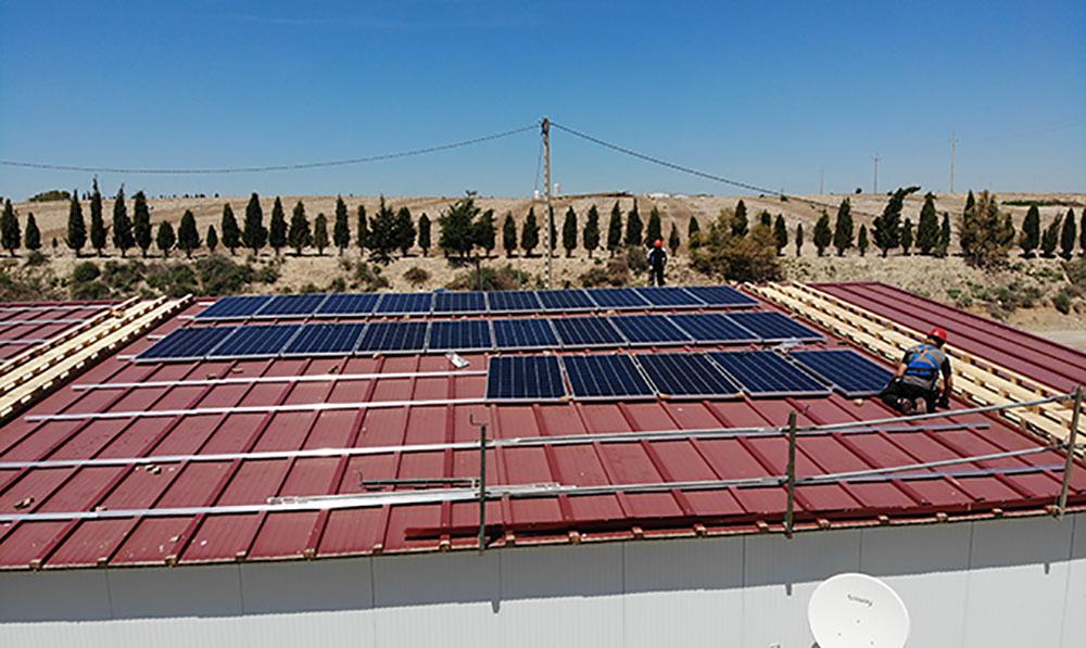 Instalación de autoconsumo fotovoltaico de 230 kW con 3 CUPS